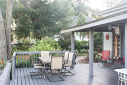 Delightful Riverfront Log Cabin, pet friendly vacation rental by owner jacksonville, jacksonville dog friendly vacation rental, dog friendly jax rentals, pet friendly jacksonville vacation rentals